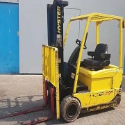 4.50 mtrs 2.0 Ton Hyster