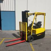 4.90 mtrs 2.0 Ton Hyster
